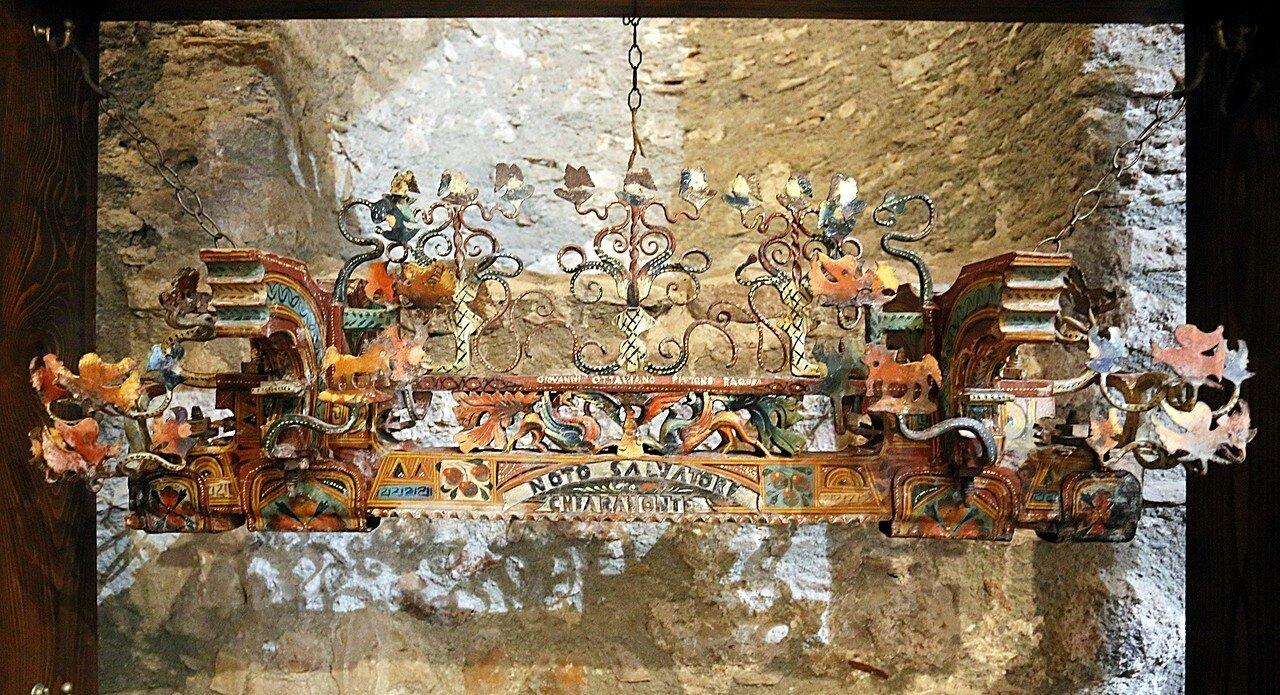 Taormina. The Museum of popular arts and traditions (Museo Siciliano di Arte e Tradizioni Popolari). A Sicilian cart. Musical mechanism
