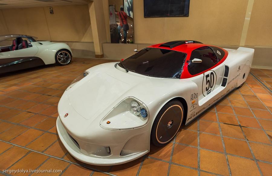 44. Monte Carlo Automobile.