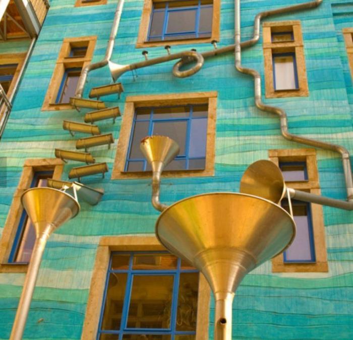 Странные туристические достопримечательности в Германии (10 фото)