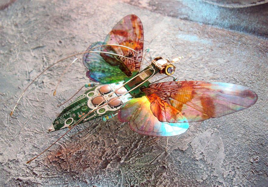 Очаровательные насекомые из старых электросхем (16 фото)