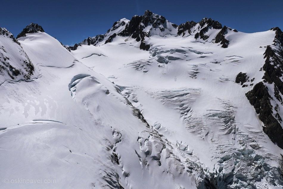 18 пиков этого острова — выше 3 000 метров.