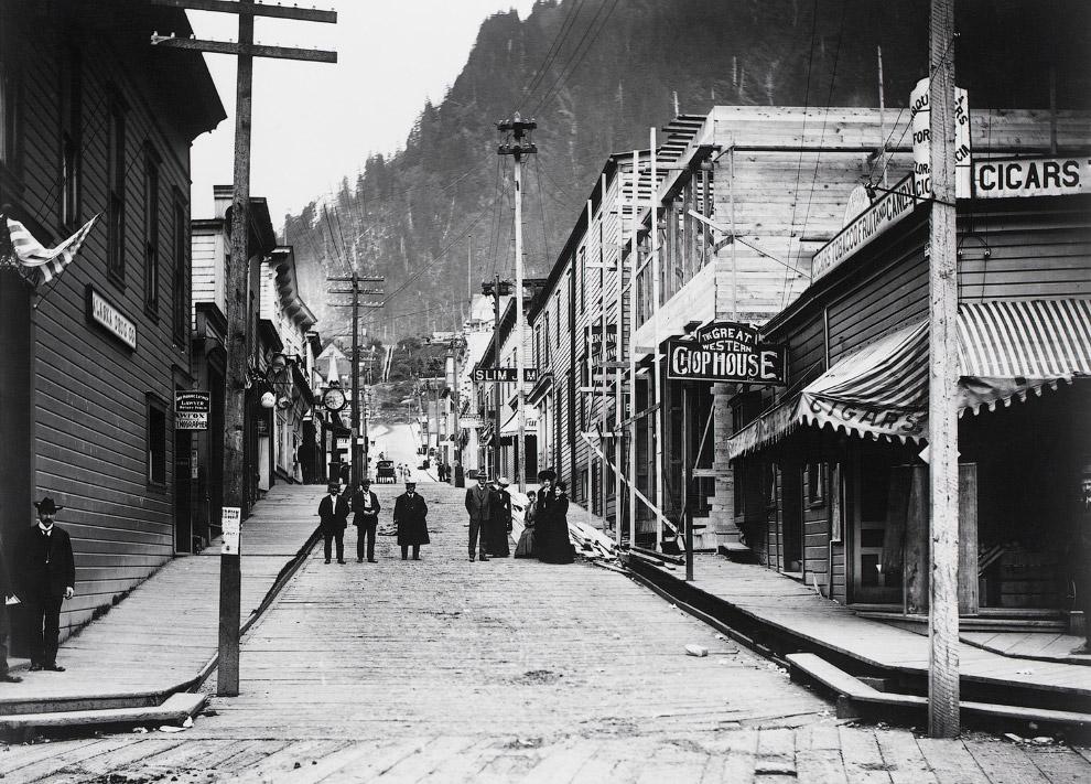 6. Местные на Аляске между 1906 и 1915 годами. (Фото Eric A. Hegg | Library of Congress):