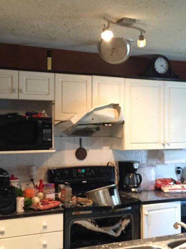 Эпичные провалы на кухне, которые заставят вас поверить в свои кулинарные способности (27 фото)