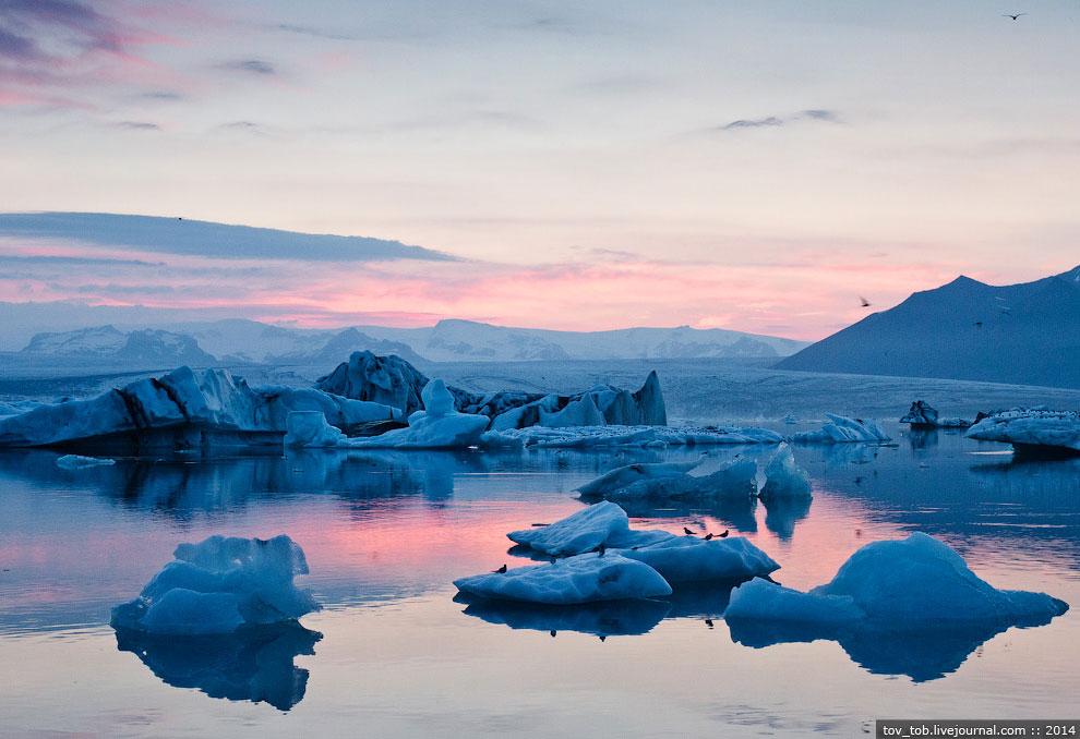 Белая ночь и Ледниковая лагуна в Исландии: