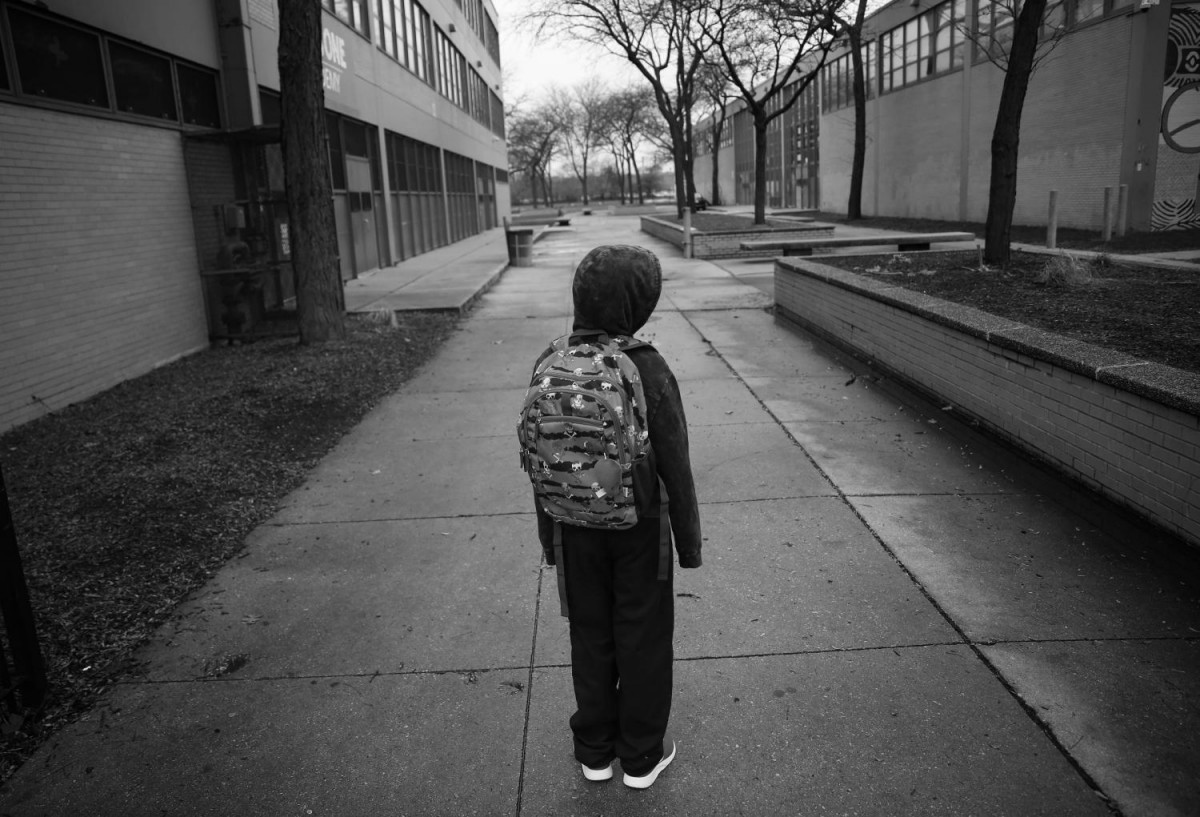 В ноябре врачи разрешили Тэйвону посещать школу.