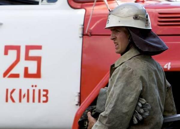 НаАвтозаводской случился пожар - горел склад