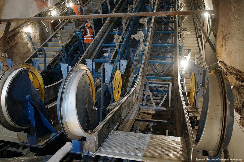Метро. Красные ворота. эскалатор. 18.12.16.04..jpg