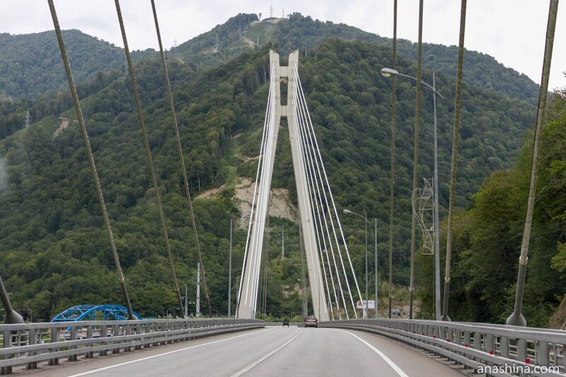 Вантовый мост на трассе Адлер - Красная Поляна