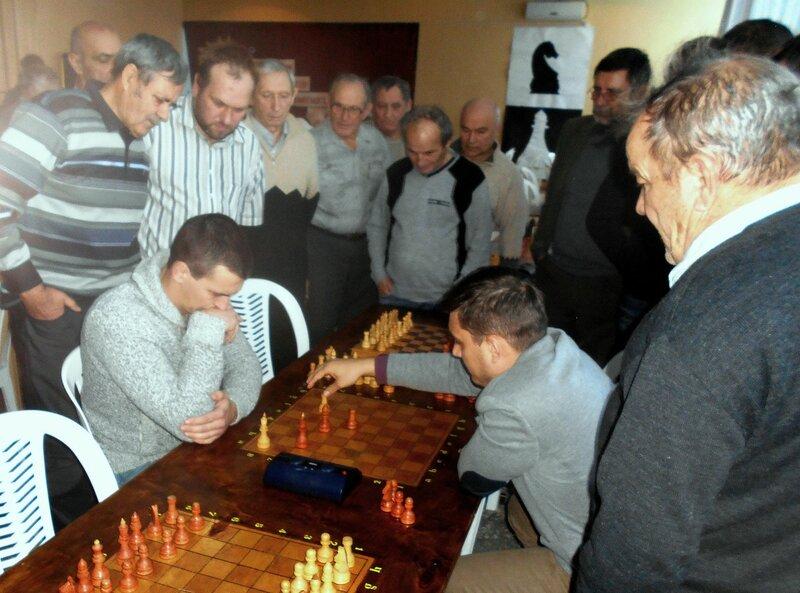 Завершающий и определяющий поединок ... Шахматный турнир. Выселки. Декабрь 2016