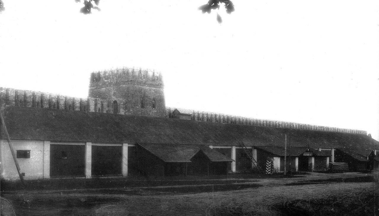 Провиантские склады у Гуркиной башни. 1912