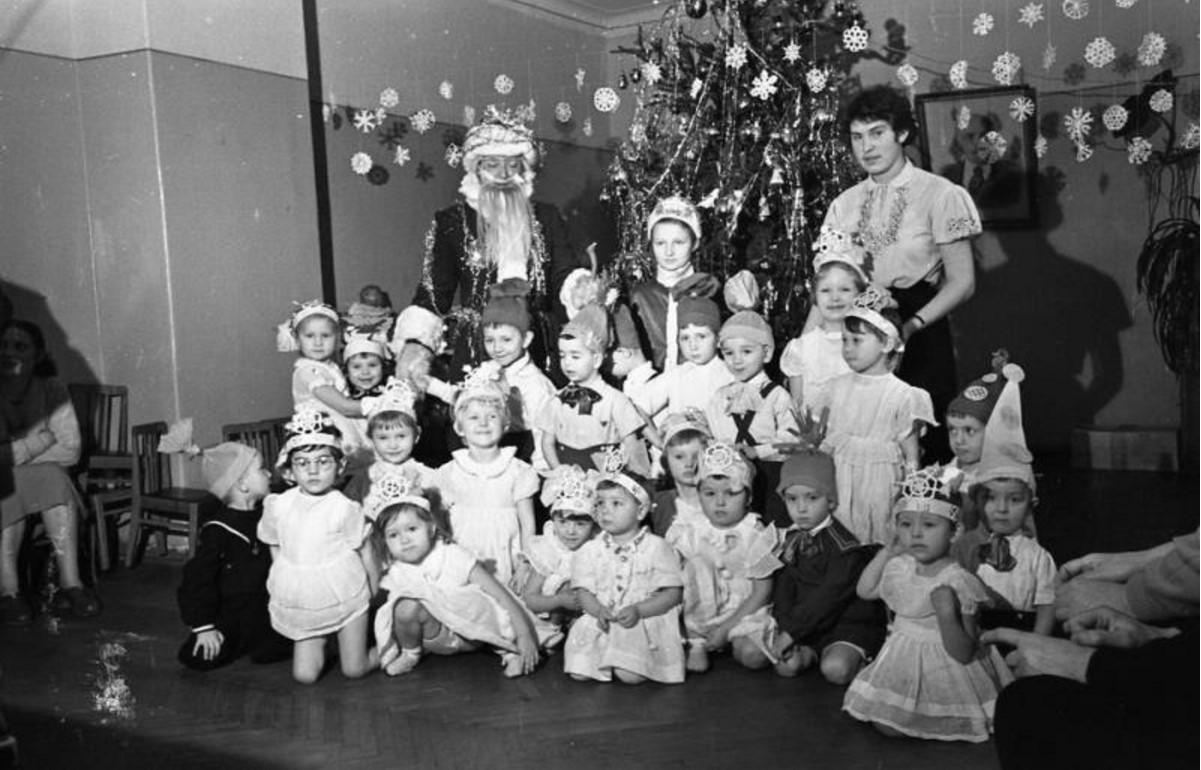 1958. Елка в детском саду