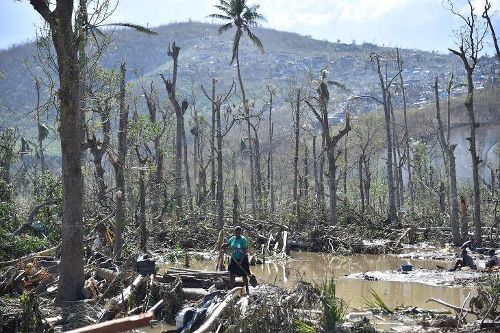 Ураган — название тропических циклонов, в основном в Северной и Южной Америке.  1. Разрушенн