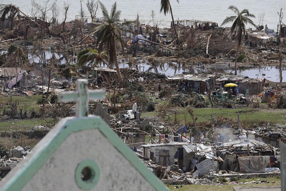 4. Для измерения потенциального ущерба от ураганов, Гербертом Саффиром (1917—2007) и Робертом С