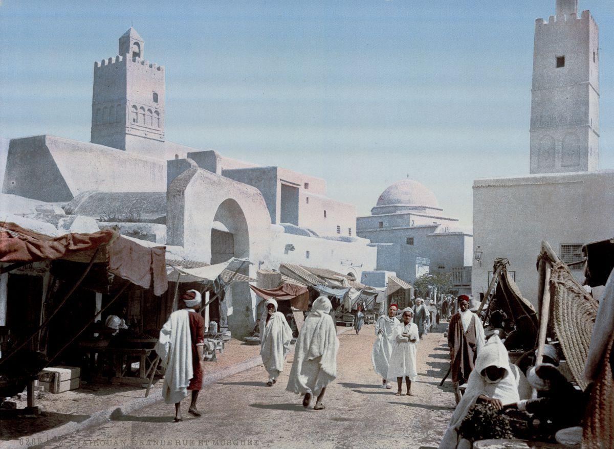 Улица в Кайруане.
