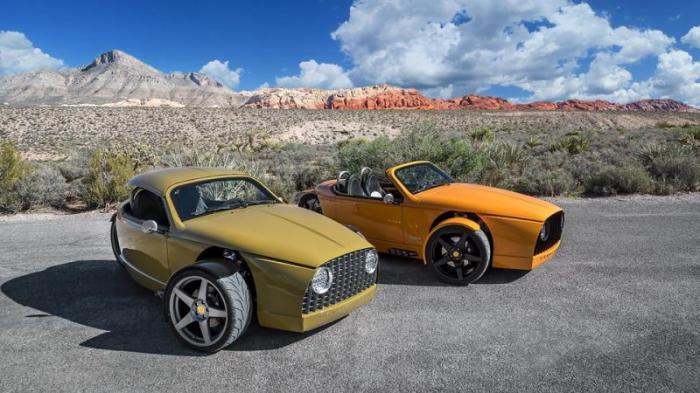 Кузов Laguna представляет собой алюминиевый монокок, обшитый панелями из углеволокна. Интерьер собра