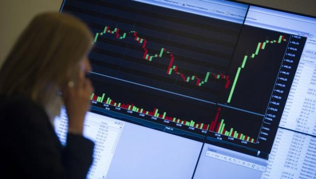 Столичная биржа может предоставить корпорациям прямой допуск кторгам на валютном рынке