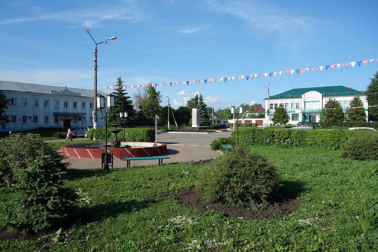 Ленин, фонтан, админская