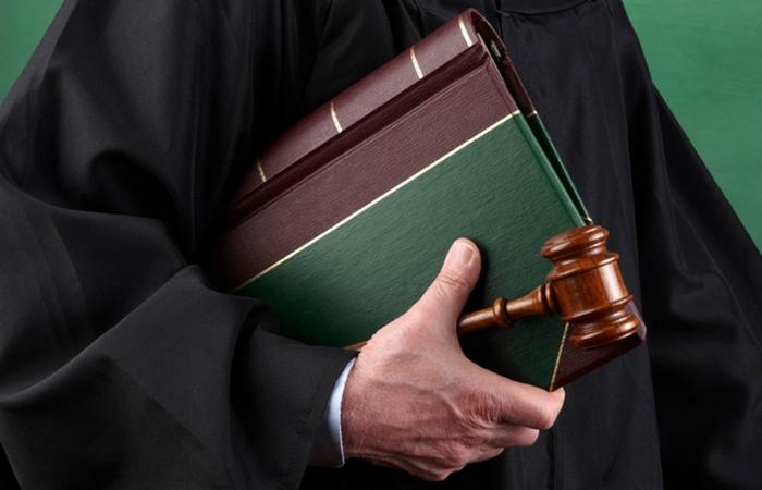 Глупые, забавные и откровенно нелепые законы, которые действуют в разных странах