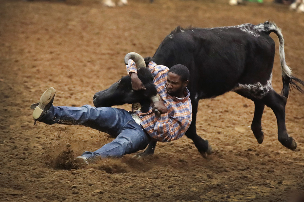 Соревнования черных ковбоев