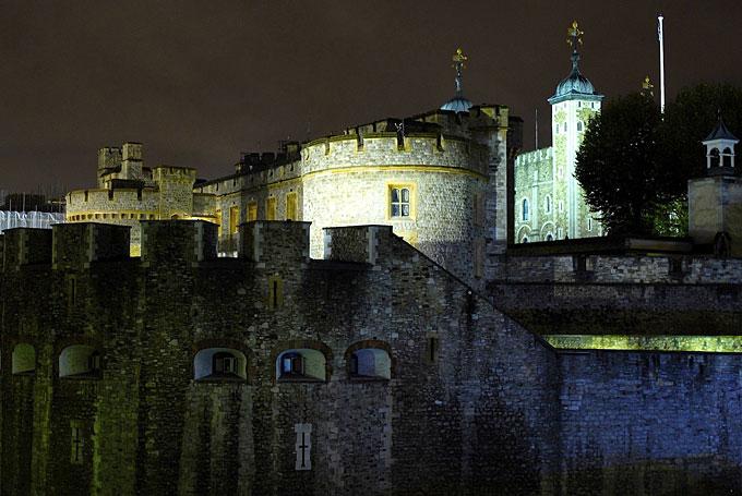 5. *Гайд*-Парк При Генрихе VIII это был частный парк, в котором водились олени, однако, уже в 1635 г