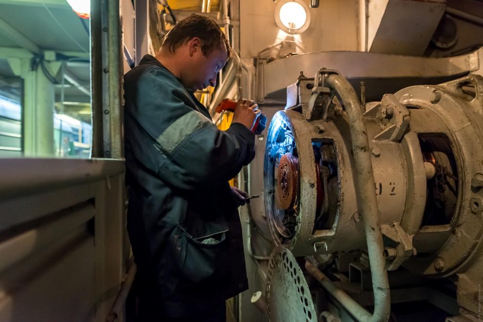 Одно из основных подразделений цеха среднего ремонта электровозов. На участке производится текущий р