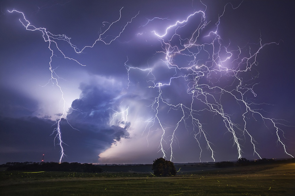 Охотник за бурями Джейсон Уэйнрайт