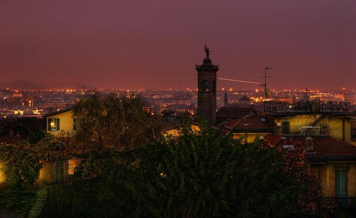 2. Бергамо — очень красивый и уютный городок с прекрасной разнообразной архитектурой и неповторимой