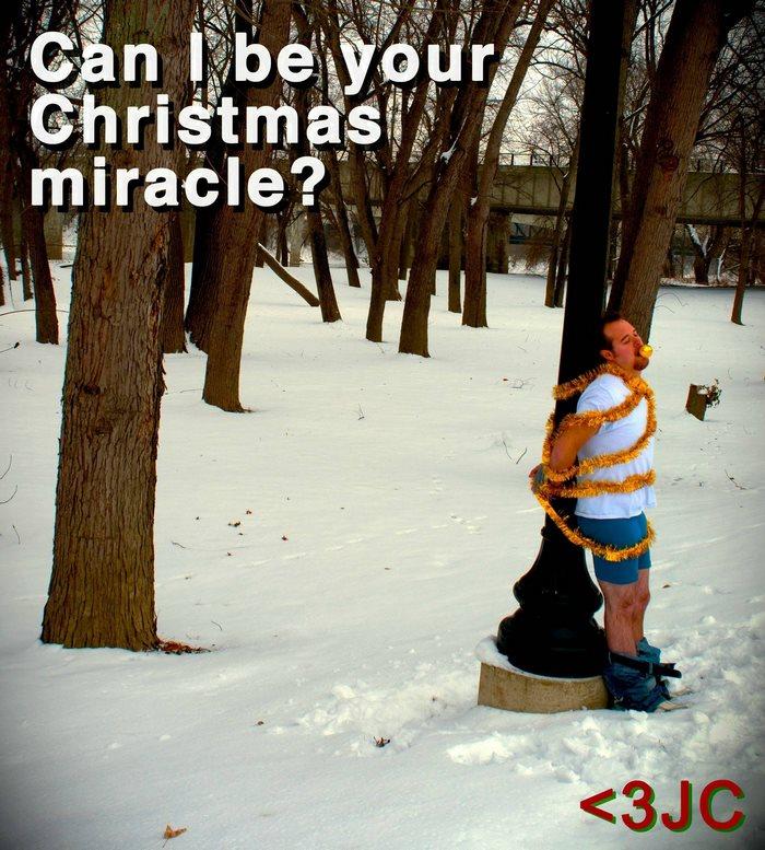 2010: «Можно я буду вашим рождественским чудом? С любовью, Дж. С.»