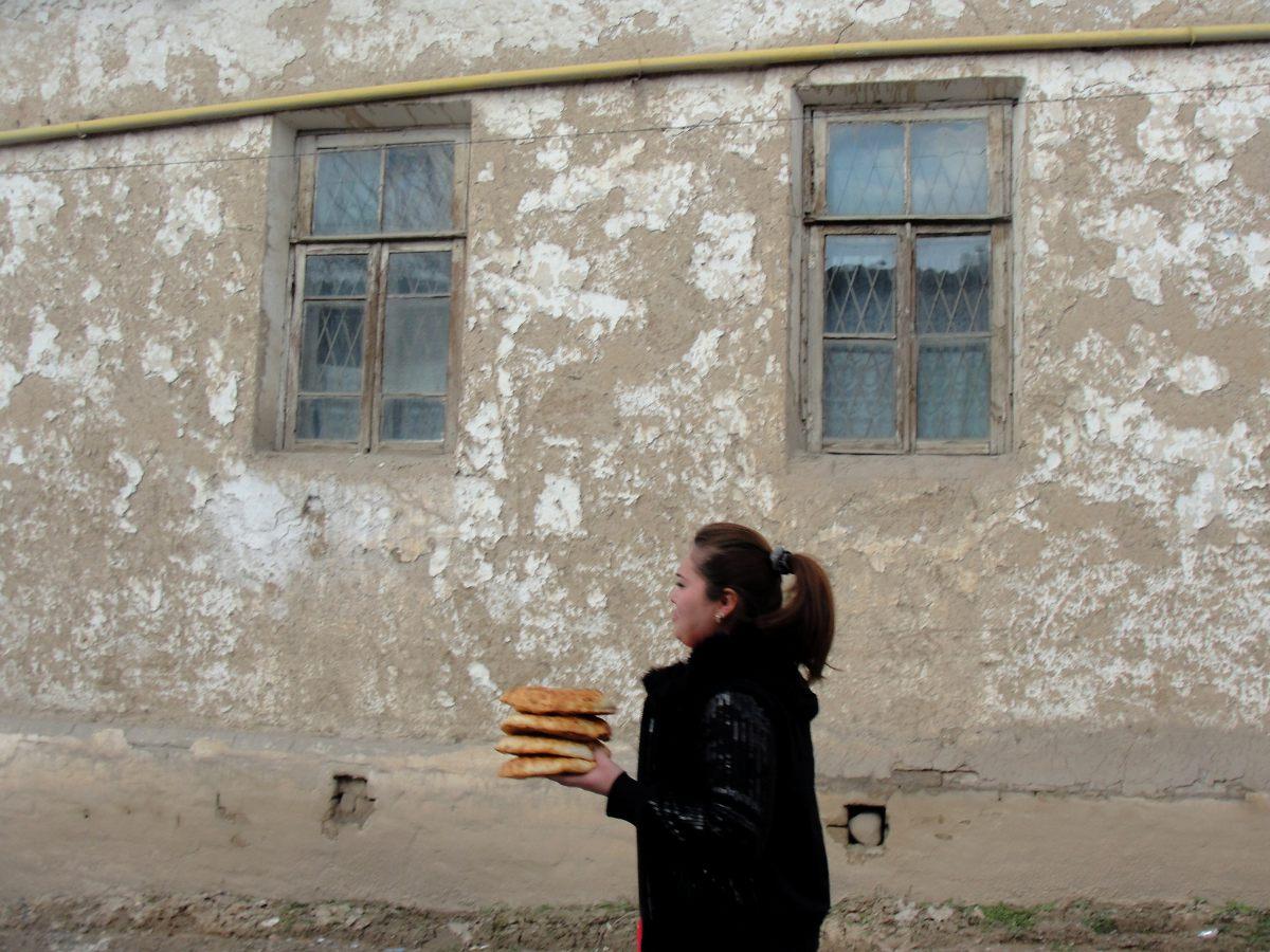 Возраст многих домов в этой части узбекской столицы достигает ста пятидесяти лет. Их построили еще д