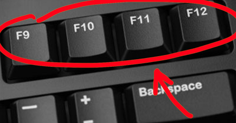 F12 — сохранение документа в Word. Надеемся, эта информация тебе пригодится, так что смело сохраняй