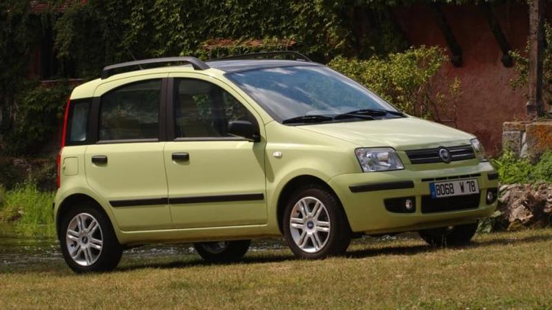 Fiat Panda '2003–09 Volkswagen Golf Country Впрочем, Panda стала не единственным компакт