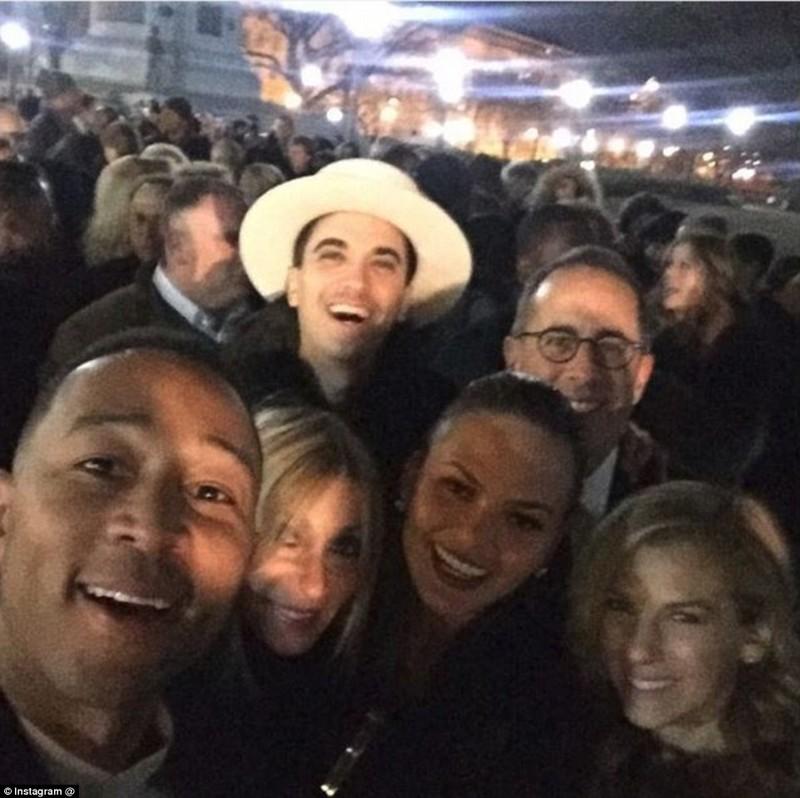Бейонсе и Jay-Z, Брюс Спрингстин и Опра Уинфри были приглашены для участия на прощальной вечеринке п