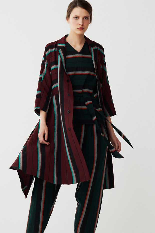Discover ISSEY MIYAKE Pre-Fall 2017 Collection