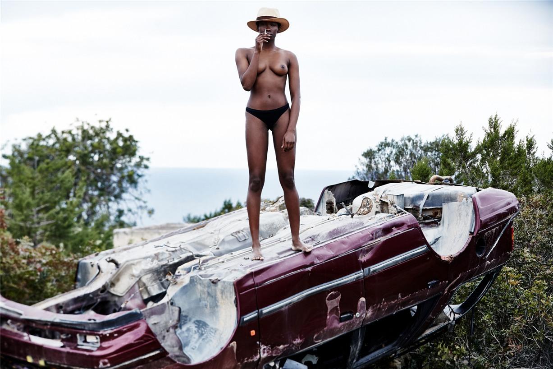 Обнаженные девушки на пляжах Ибицы / Ibiza Nudes by Diane Betties - Ruby
