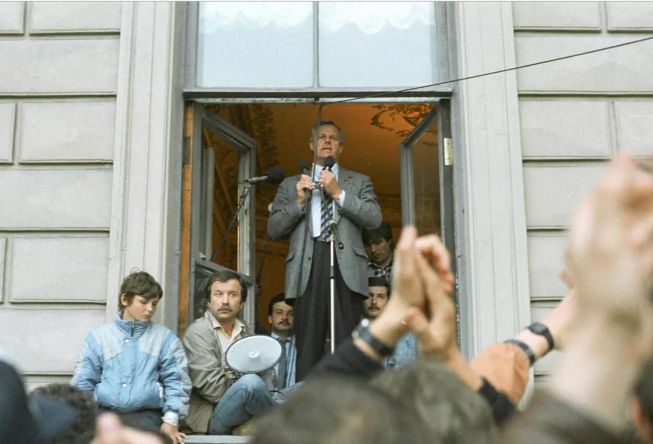 1991. Митинг у Ленсовета