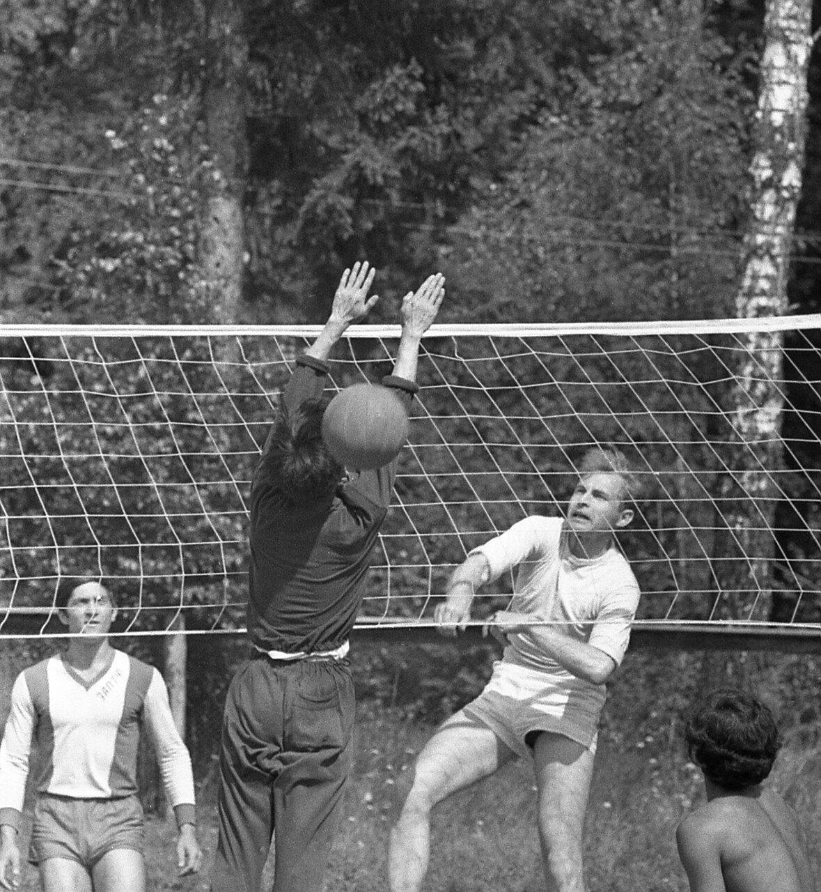 47. Волейбол