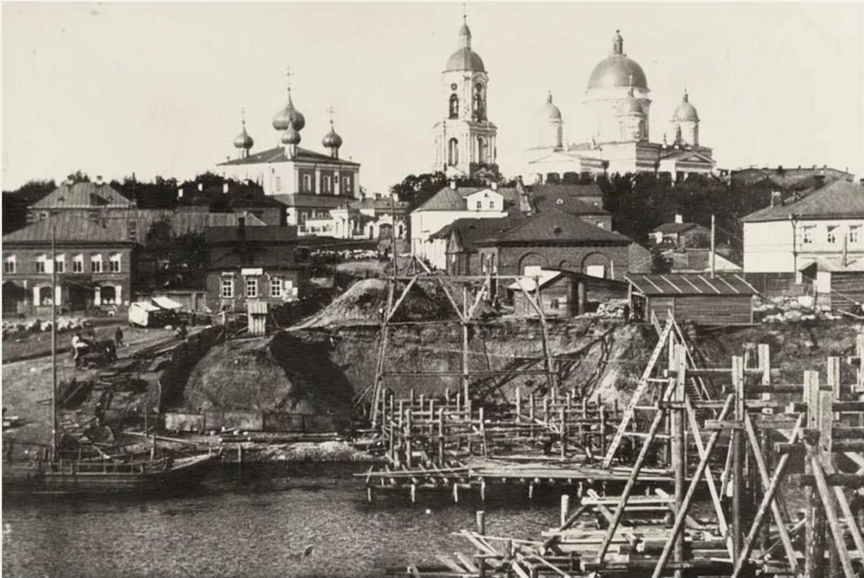 Строительство моста. 1904