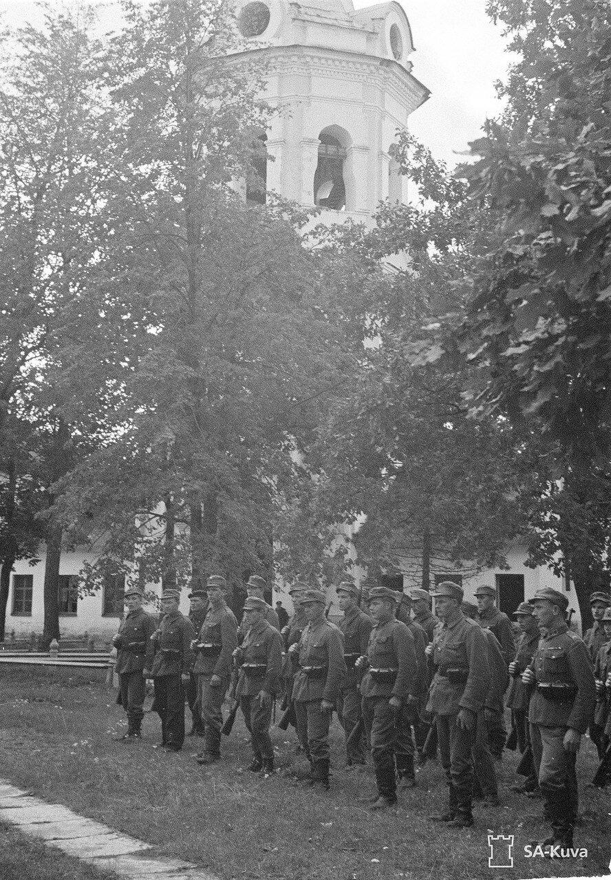 1942. Смотр войск посвященный годовщине захвату о. Коневец
