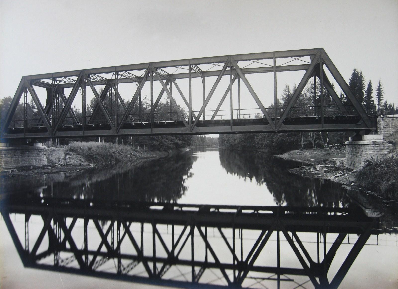 04. Железнодорожный мост через реку Полю