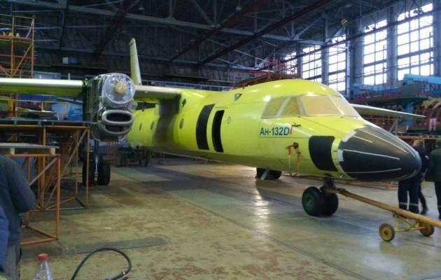 """""""Антонов"""" завершает сборку первого самолета Ан-132: в декабре его официально представят, - гендиректор """"Укроборонпрома"""" Романов. ФОТОрепортаж"""