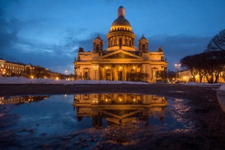 Комитет Заксобрания Петербурга рекомендовал невыносить судьбу Исаакия нареферендум