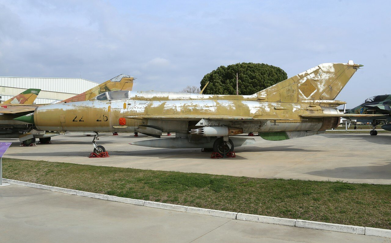 Mikoyan-Gurevich MiG-21 (Museo del Aire, Madrid)