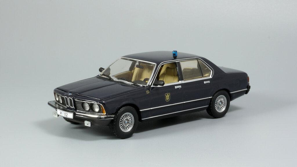 BMW_7er_E23_04.jpg
