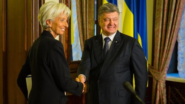 Украину ожидают десятилетия бедности,— МВФ