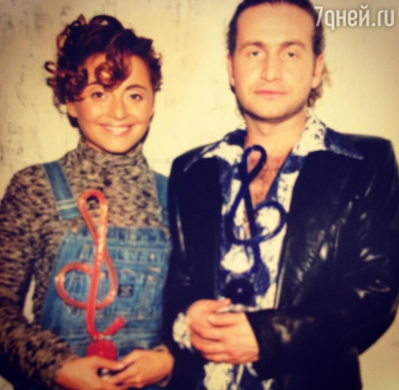 Агутин иВарум празднуют 19-летие совместной жизни
