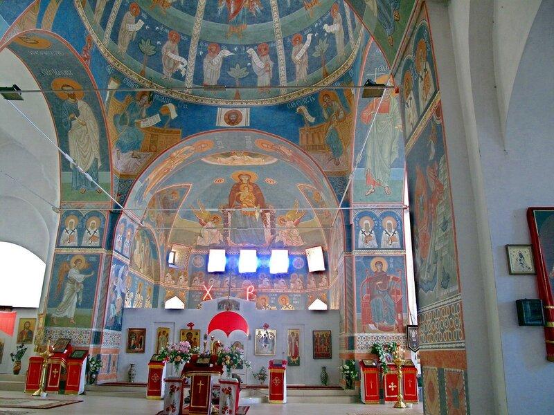Храм Архангела Михаила в Алупке
