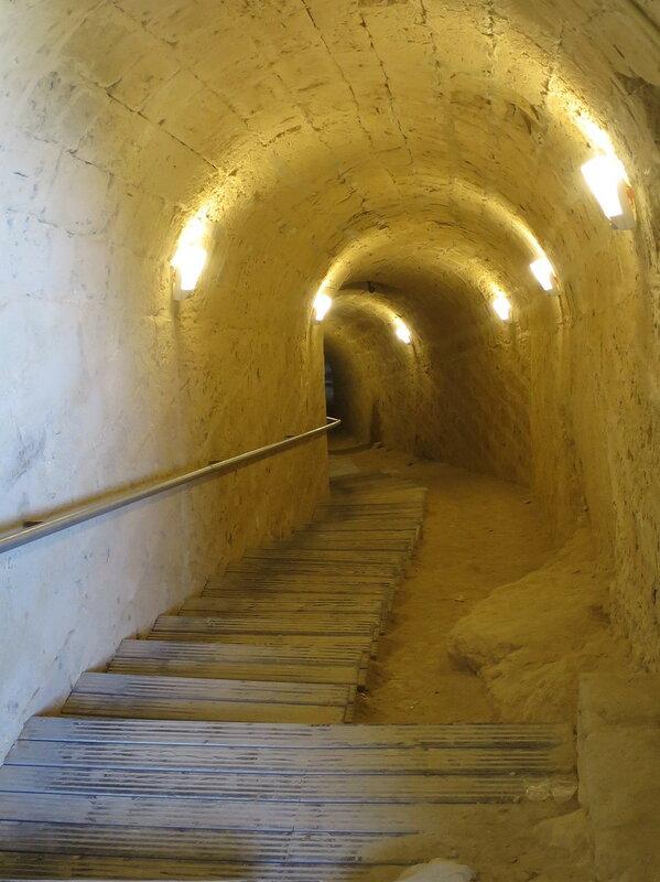 Туннель, ведущий к огневым позициям юго-восточного бастиона
