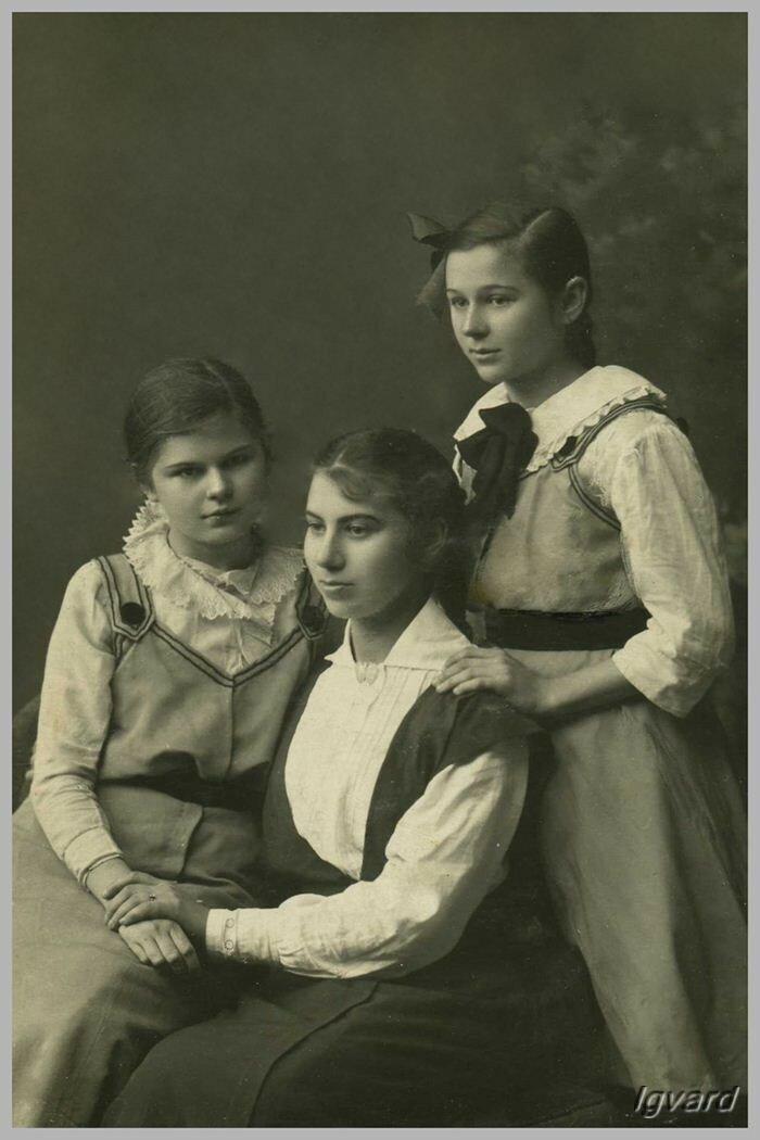 Слева – Галина, справа – Наталья Барышниковы
