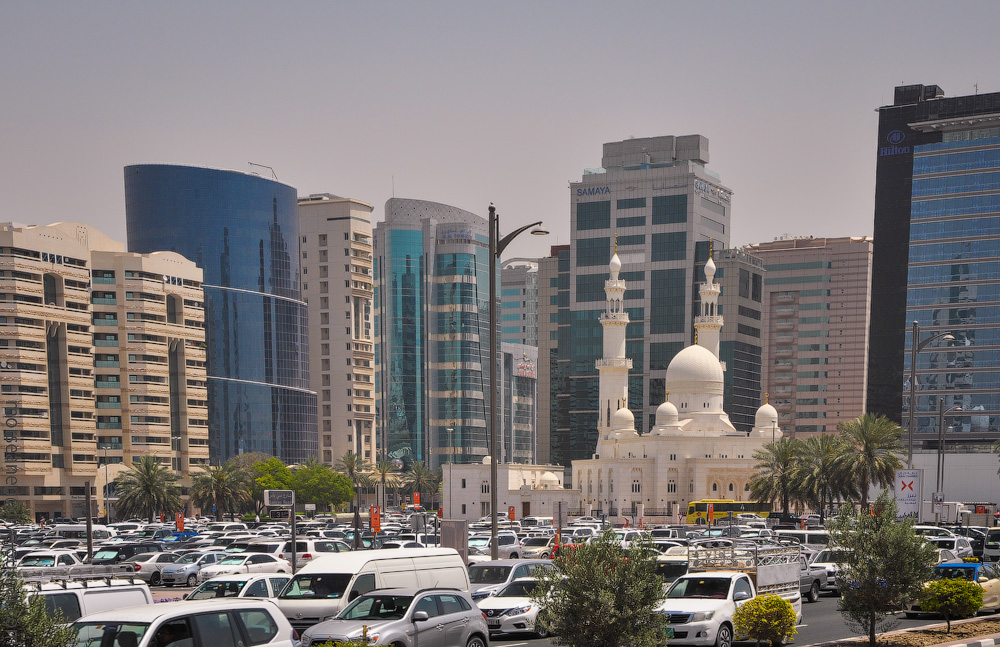 Dubai-Critic-(17).jpg
