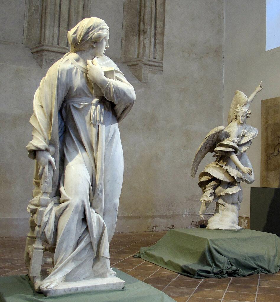 Francesco_mochi,_annunciazione,_1603-05_(angelo)_e_1605-08_(vergine),_02.JPG